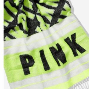 PINK by VS brand new blanket scarf